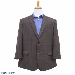 JOS BANK Travelers Collection 48R Brown Windowpane